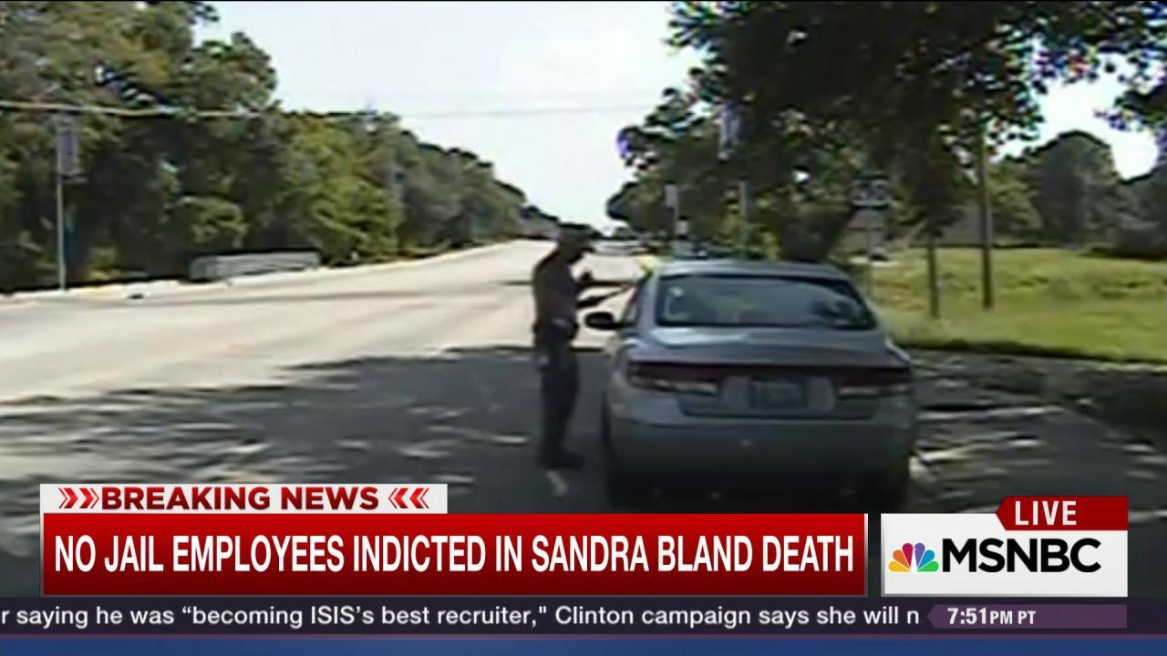 No indictments yet in Sandra Bland death