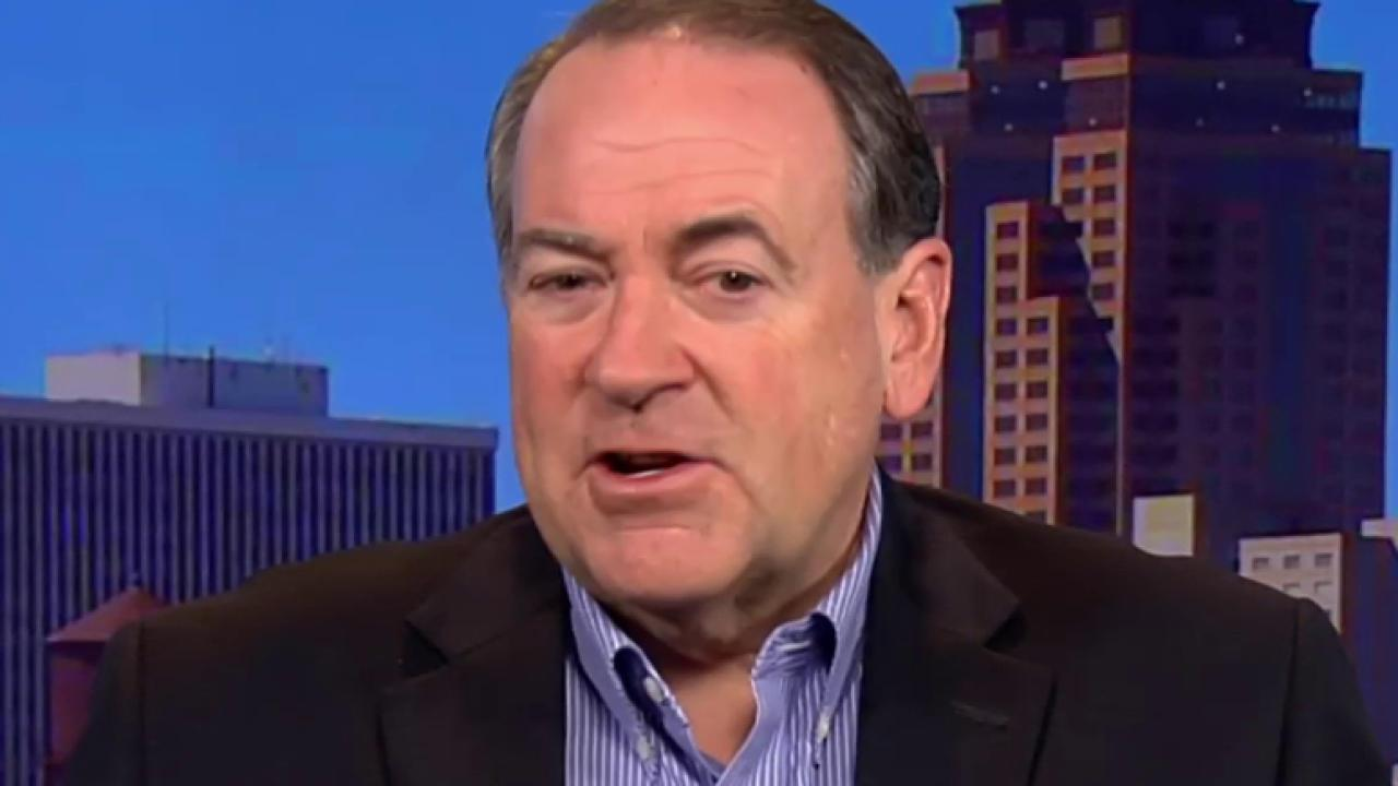 Huckabee to hold 150 events in Iowa