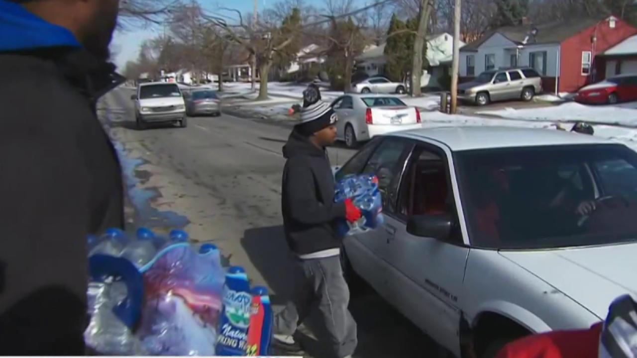 Wal-Mart announces water donation to Flint...