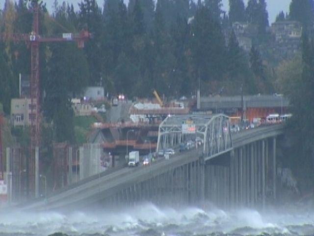 High Winds Waves Shake Floating Bridge In Wash Nbc News
