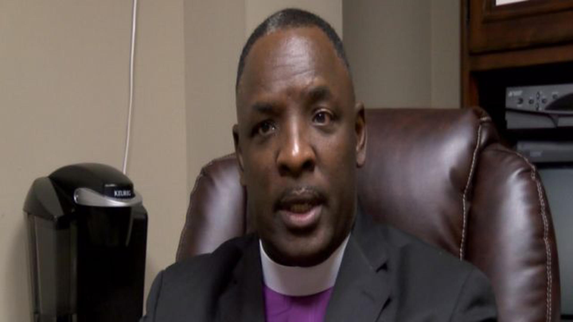 North Carolina Pastor Disarms Vet During New Year's Service