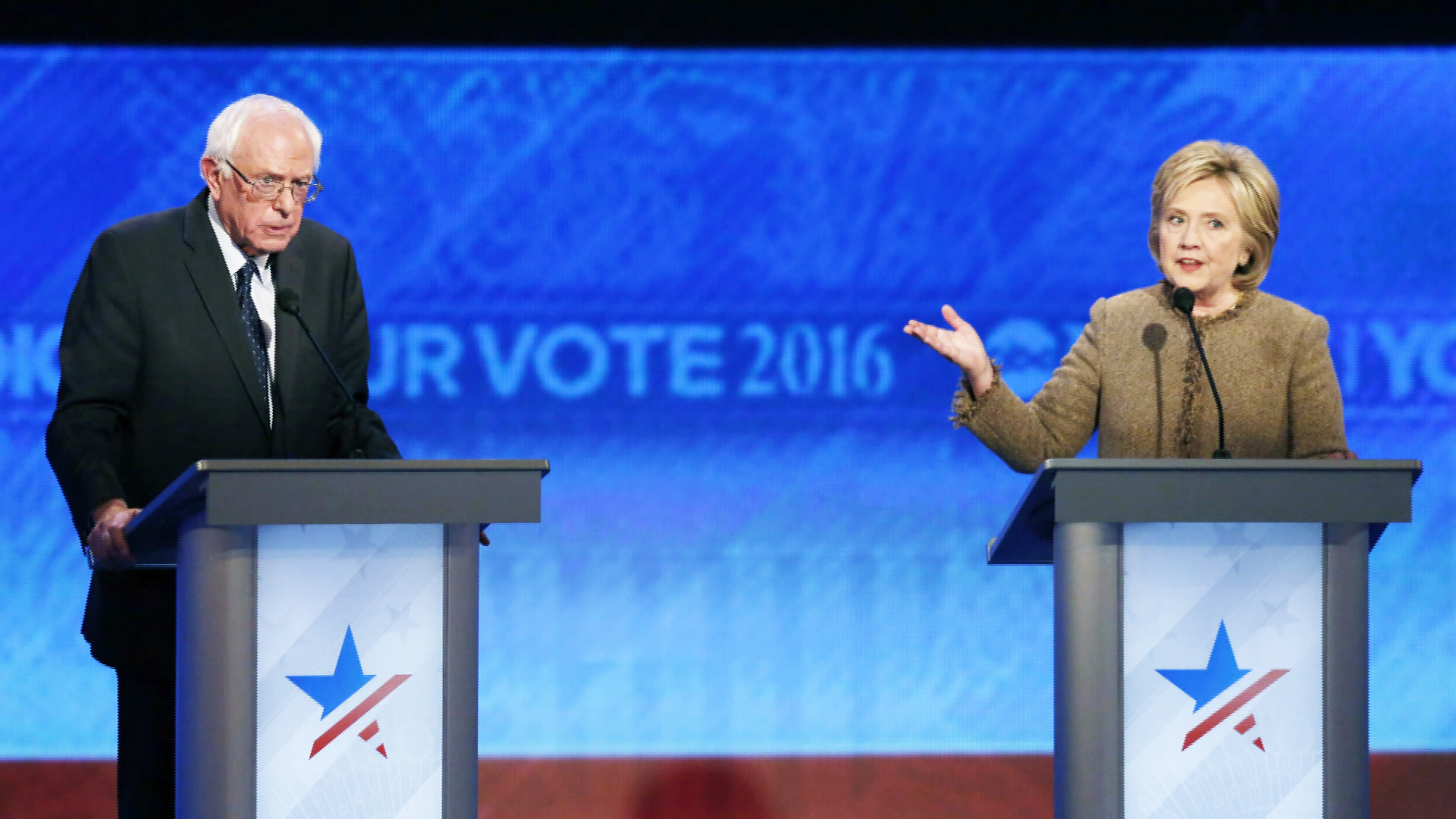 Clinton's Emails Give Glimpse Into a Candidate Often Under Pressure