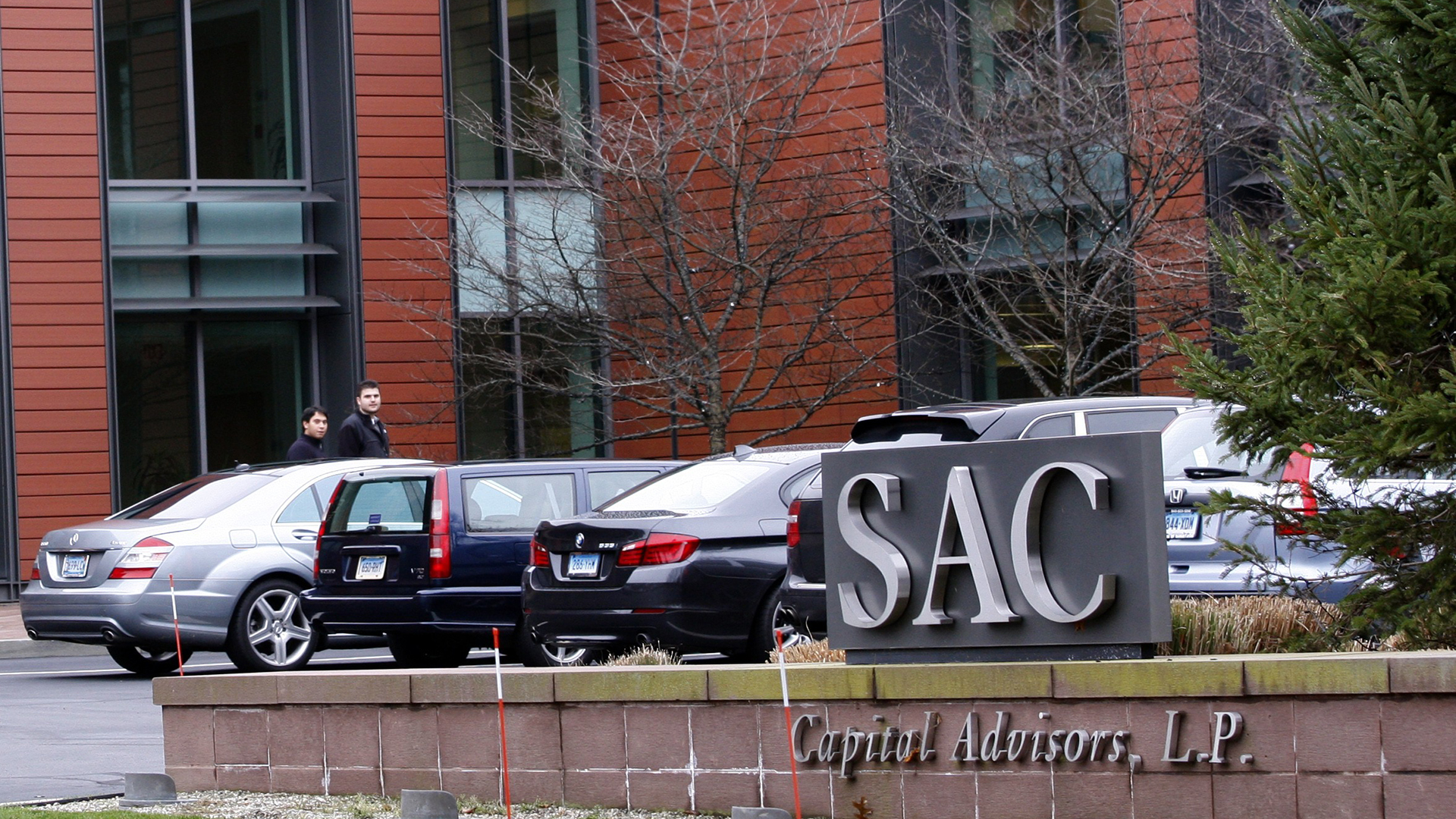Image: File photo of the exterior of Headquarters of SAC Capital Advisors, L.P. in Stamford