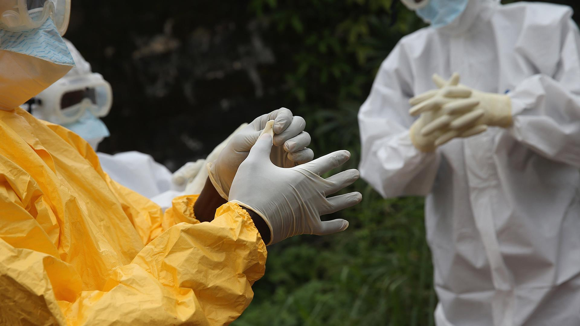 Live Video: Obama provides update on Ebola...
