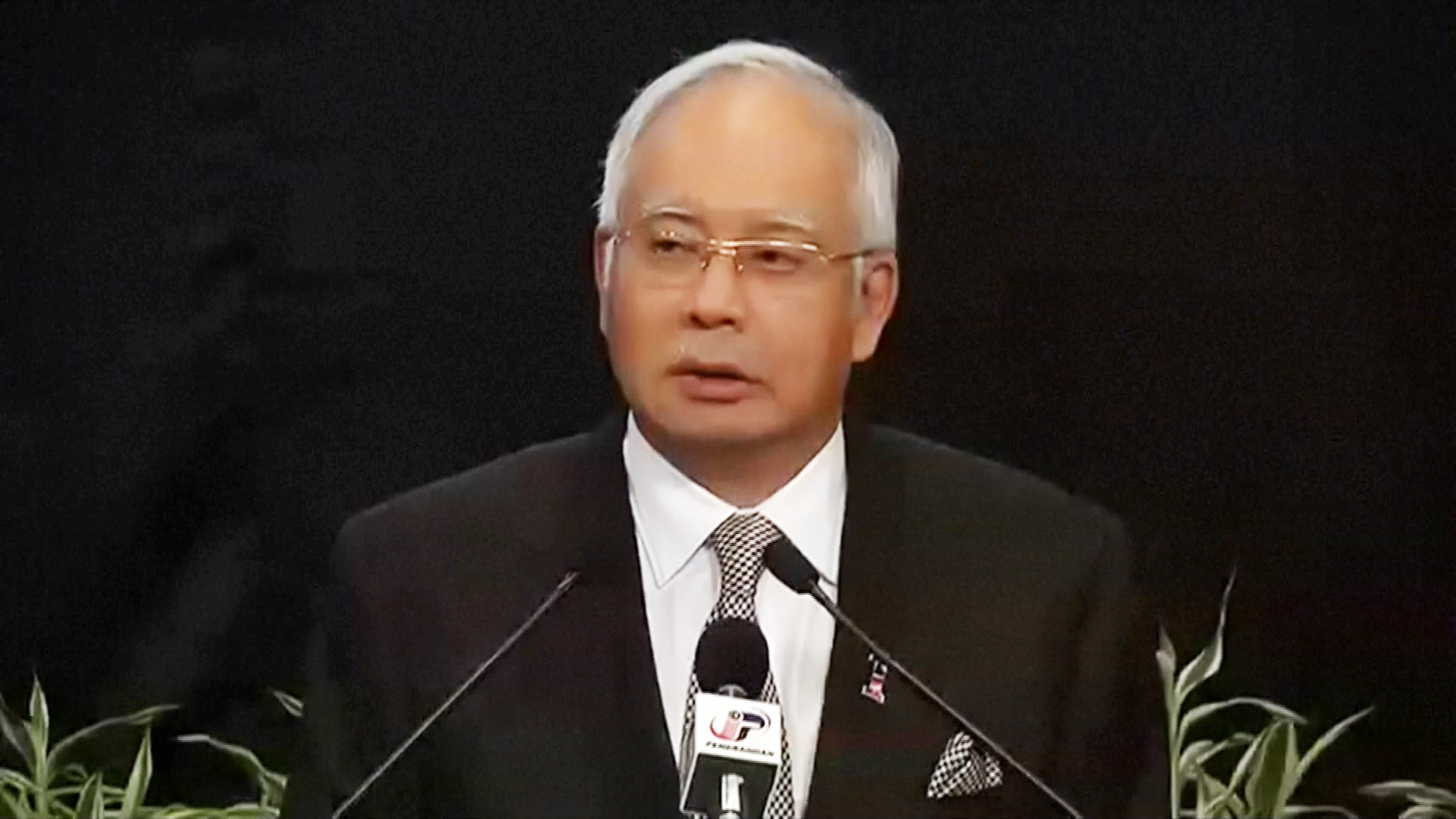 Missing MH370 'Ended' in Indian Ocean, Malaysia's PM Says