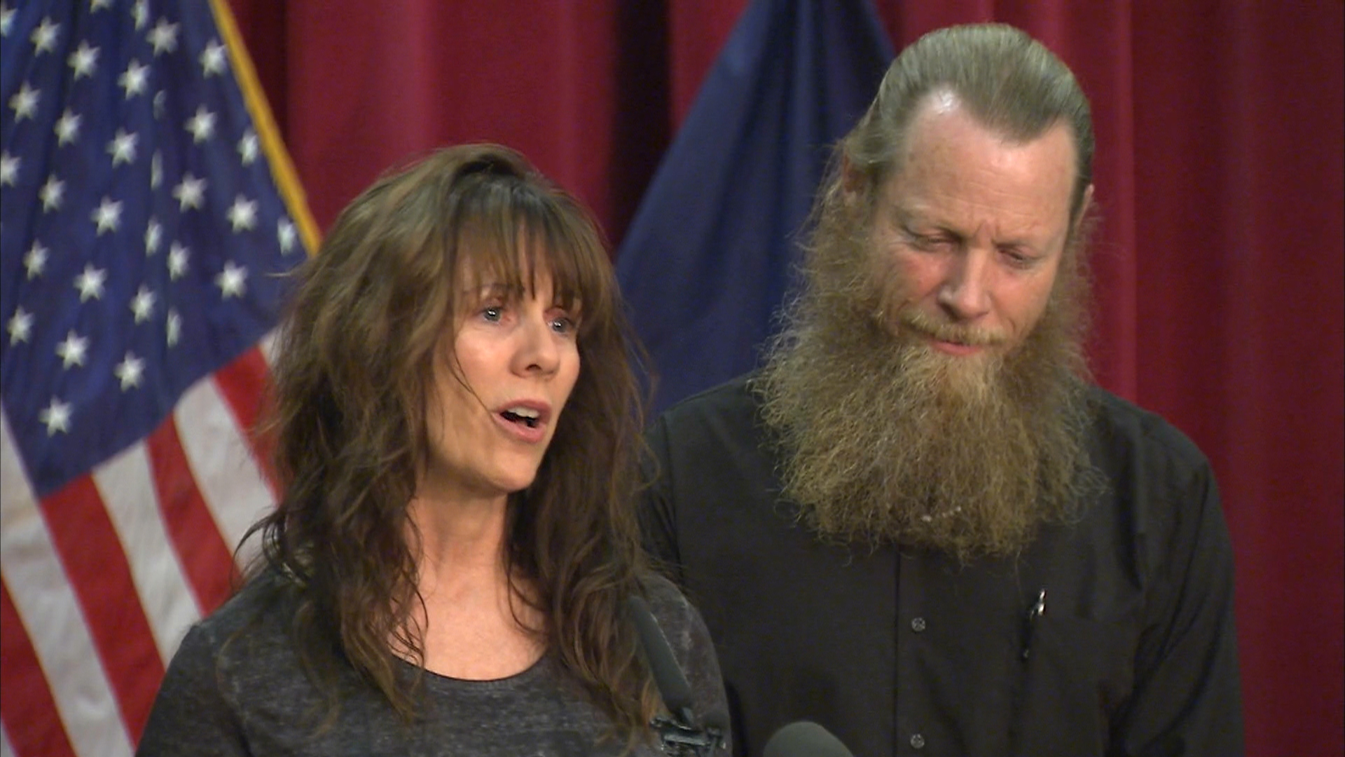 Bowe Bergdahl's Mom Reads Emotional Letter to Son - NBC News