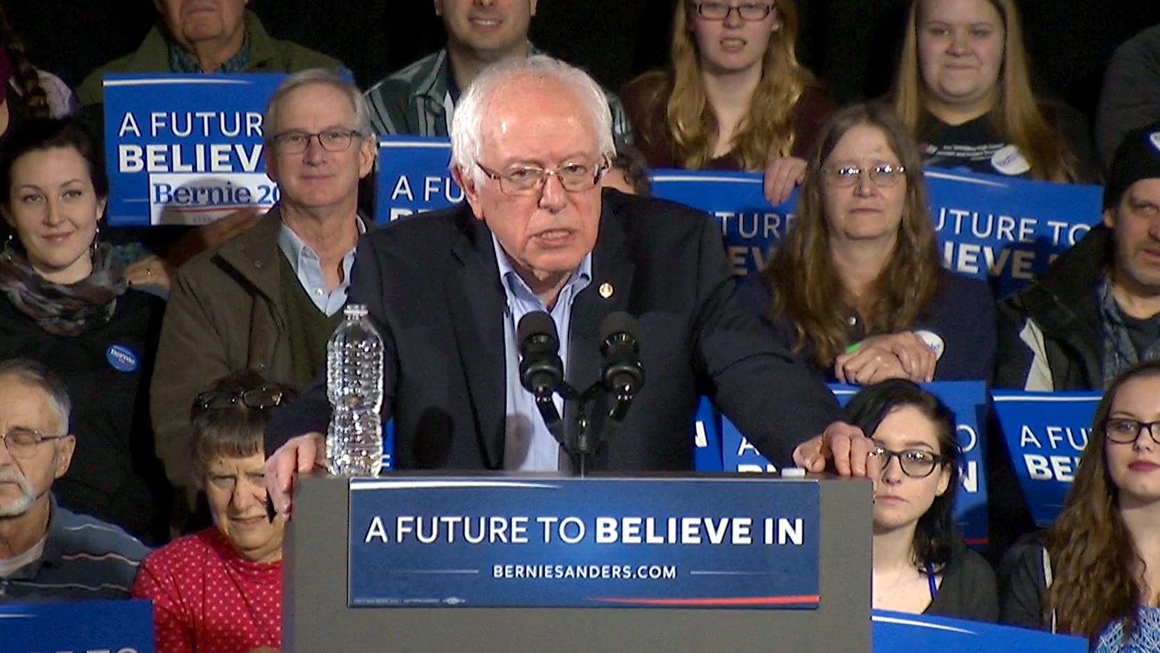 Poll: Sanders Leads Clinton by 20 Points in New Hampshire