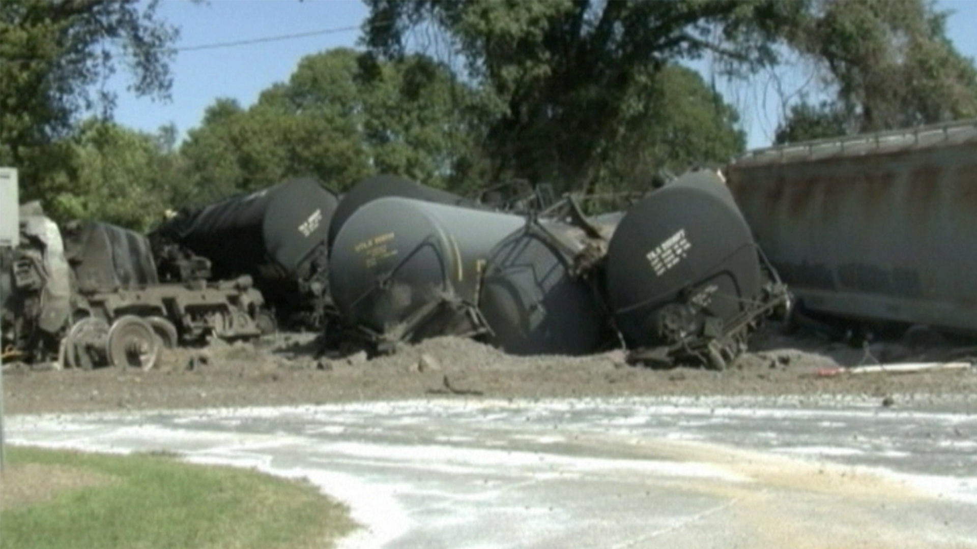 Matt Lauer Cars >> Freight Train Collides With Transport Truck in Louisiana - NBC News