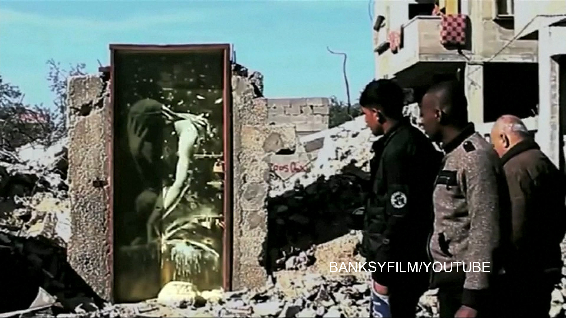 Man in gaza unknowingly sells banksy mural for 175 nbc news for Banksy mural sold