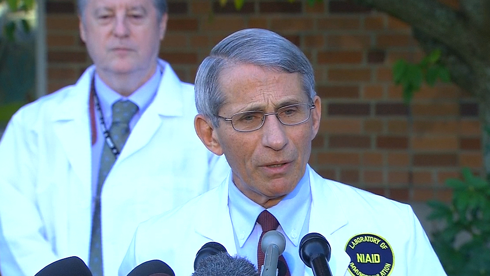 U.S. Nurse Being Watched at NIH for Ebola