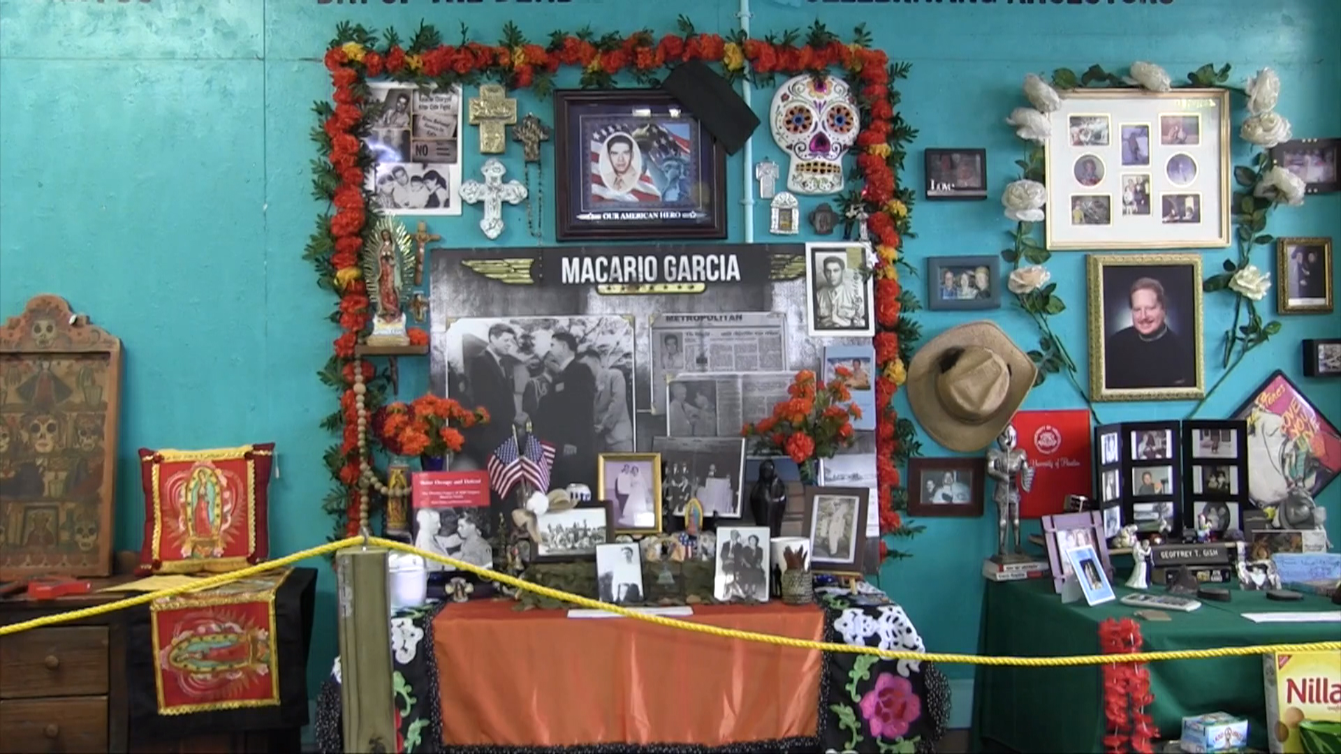Día de los Muertos Altars: Loving Tribute to Deceased Family, Friends