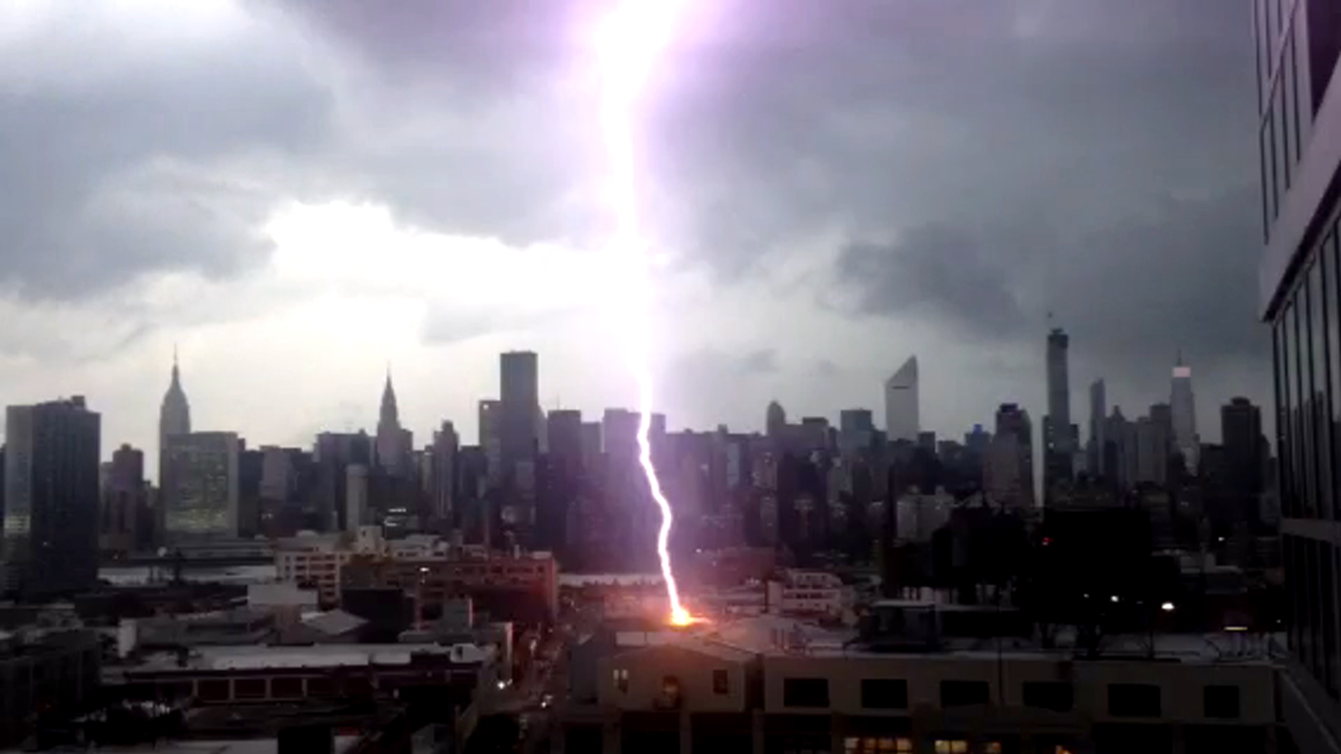 NYC Lightning Strike Caught On Camera
