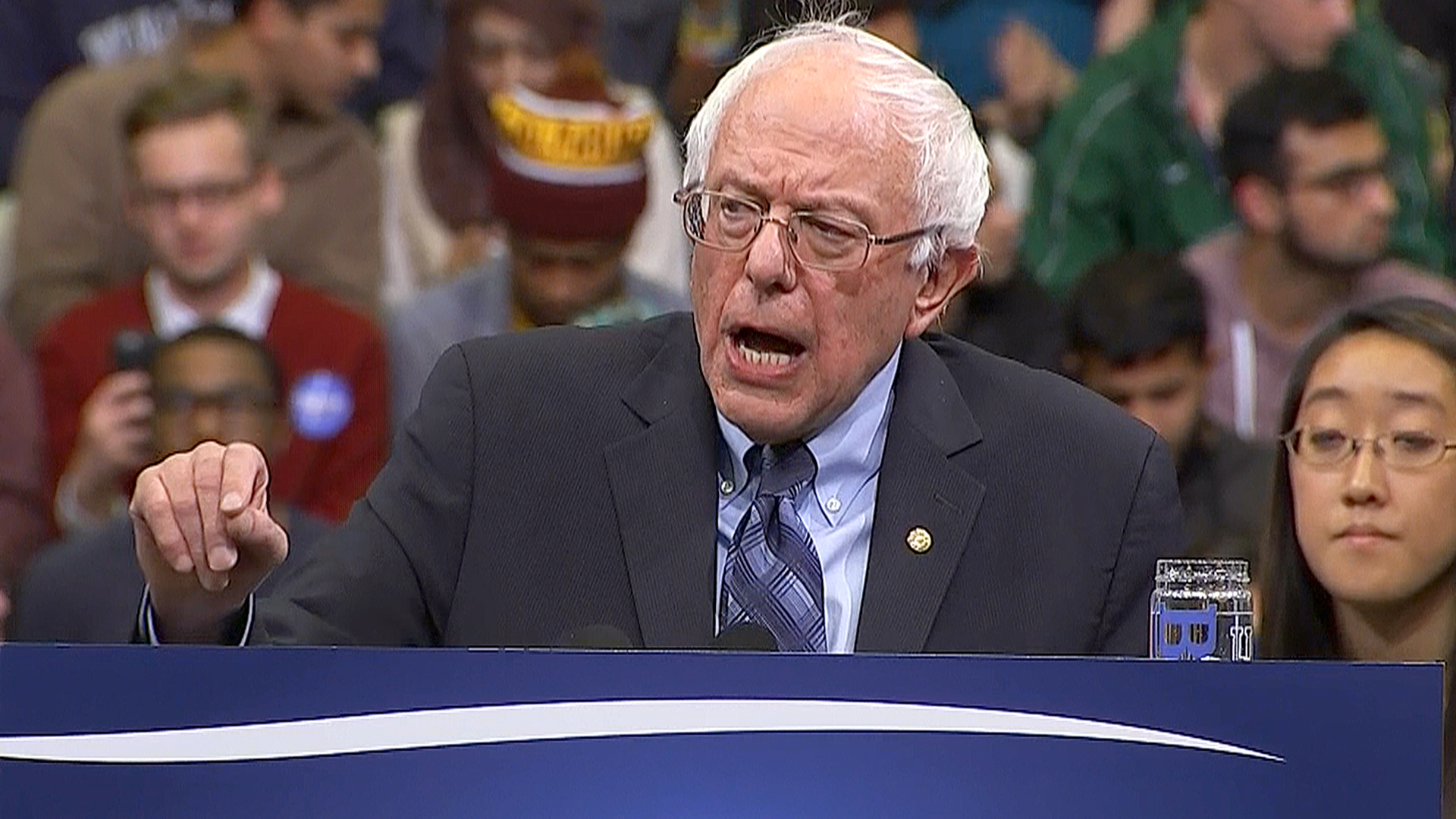 Bernie Sanders Calls for an End to Federal Prohibition on Marijuana