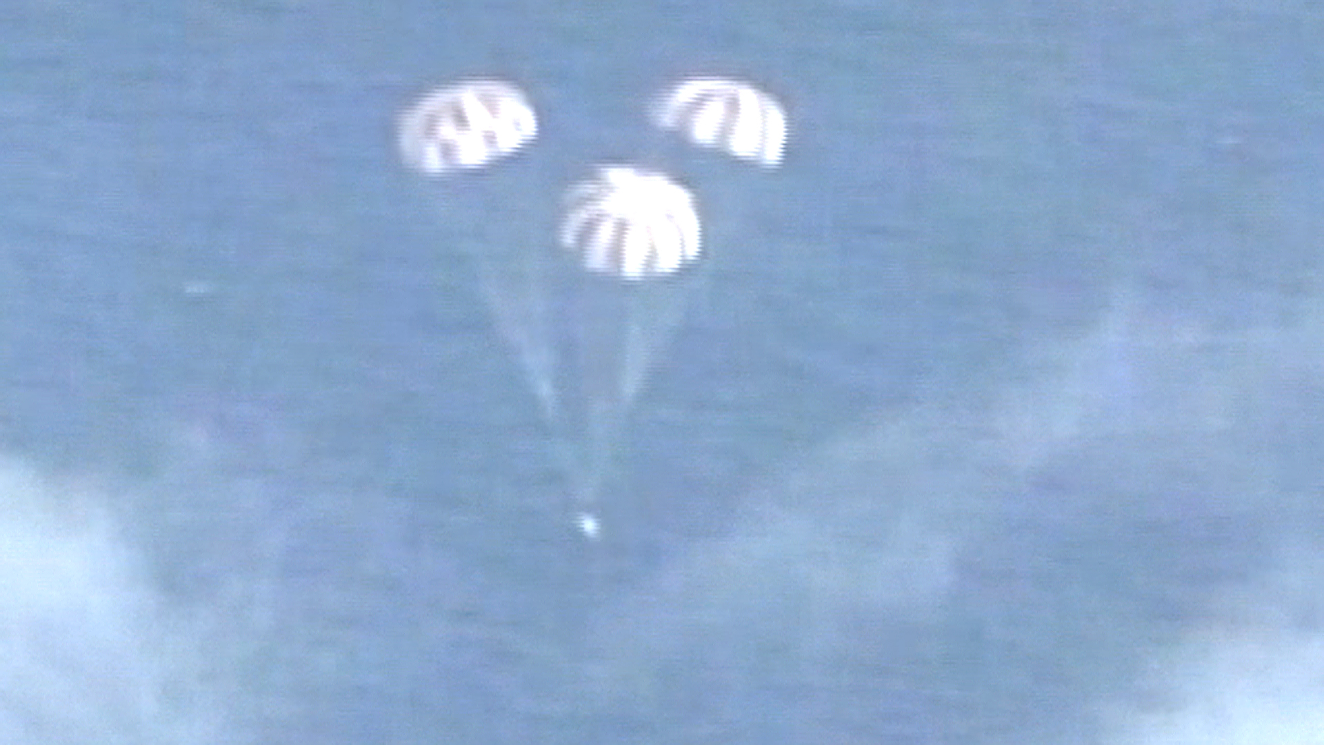 Splashdown! Orion Spaceship Aces First Flight Test on Road to Mars