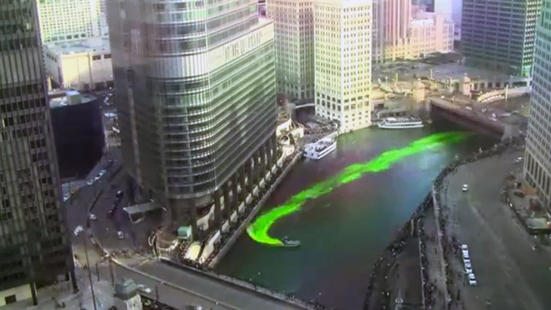 Outlook.com Icon Watch Chicago River Tu...