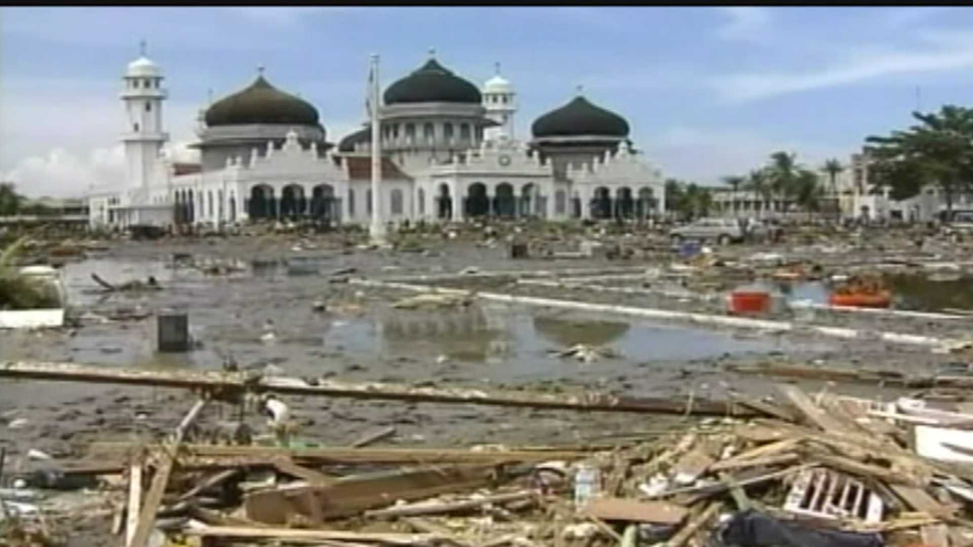 December 2004 Tsunami Devastates Indonesian Town Nbc News