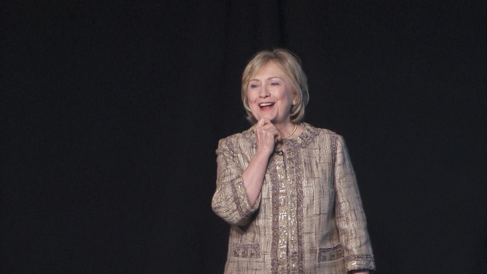 Clinton silent on Keystone XL position