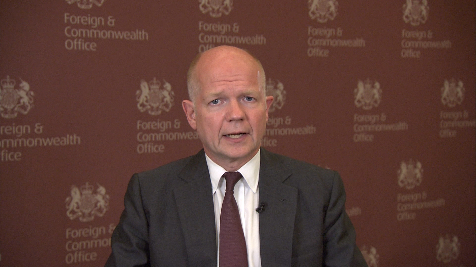 Hague: Iran must be part of Iraq discussion