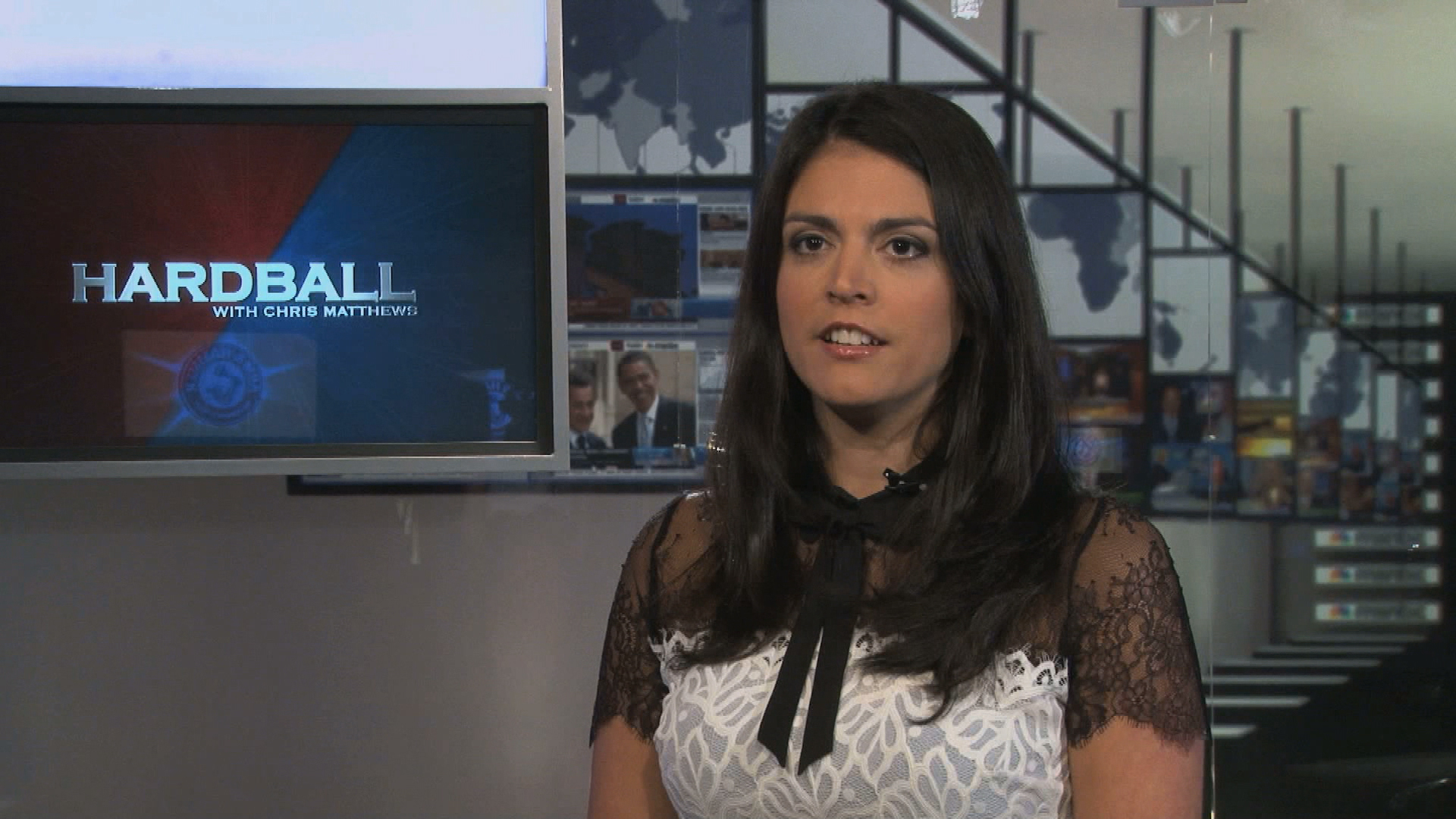 Cecily Strong talks potential 2016 candidates