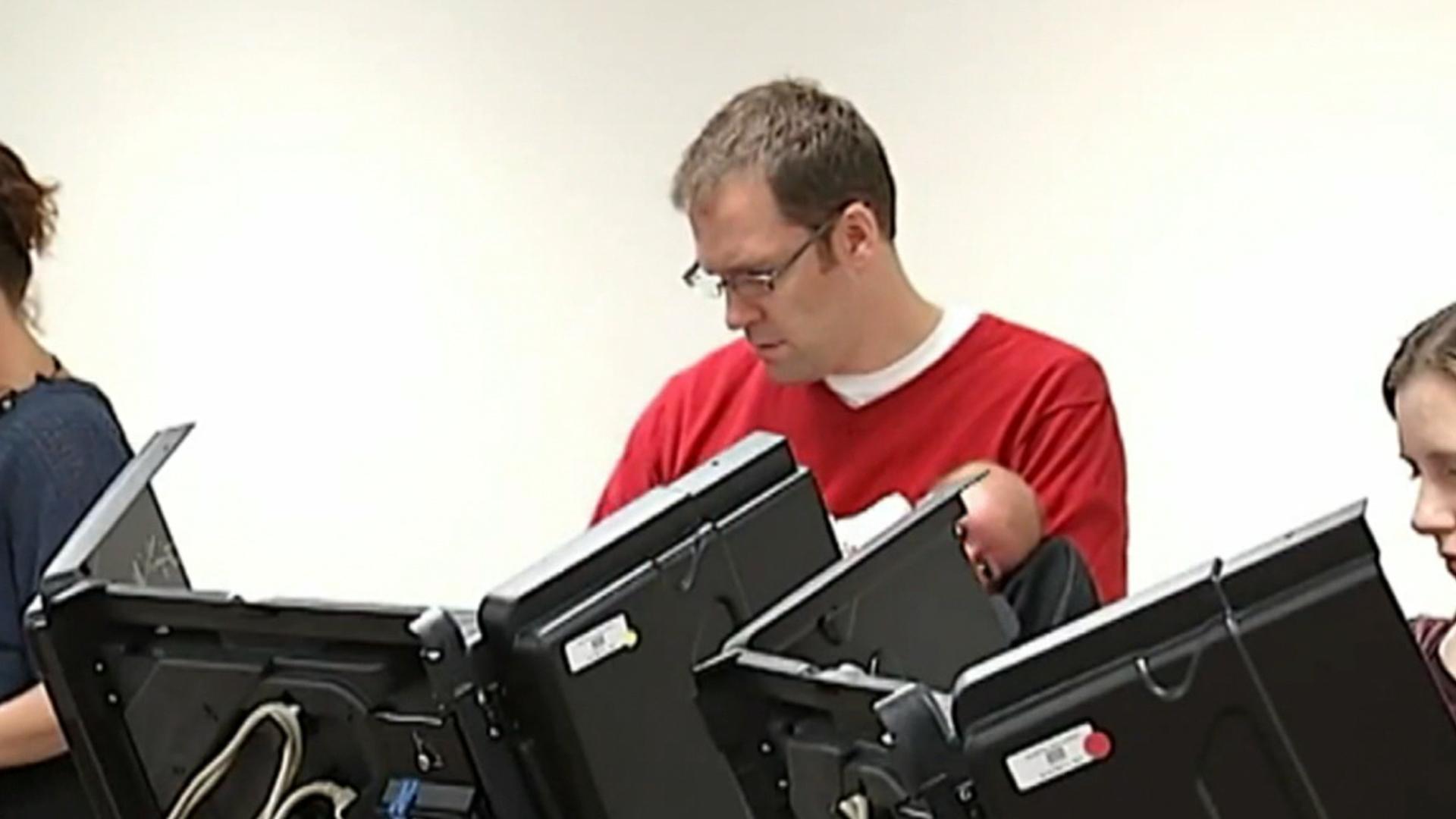 Dems challenge Ohio voting restrictions