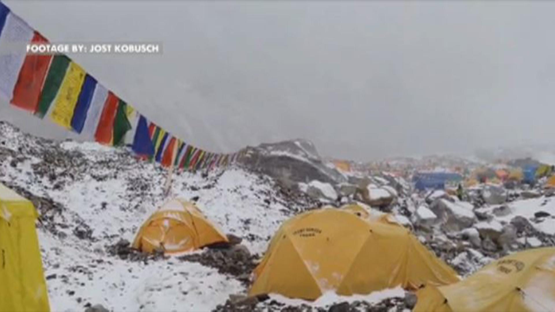 Surviving the Everest avalanche