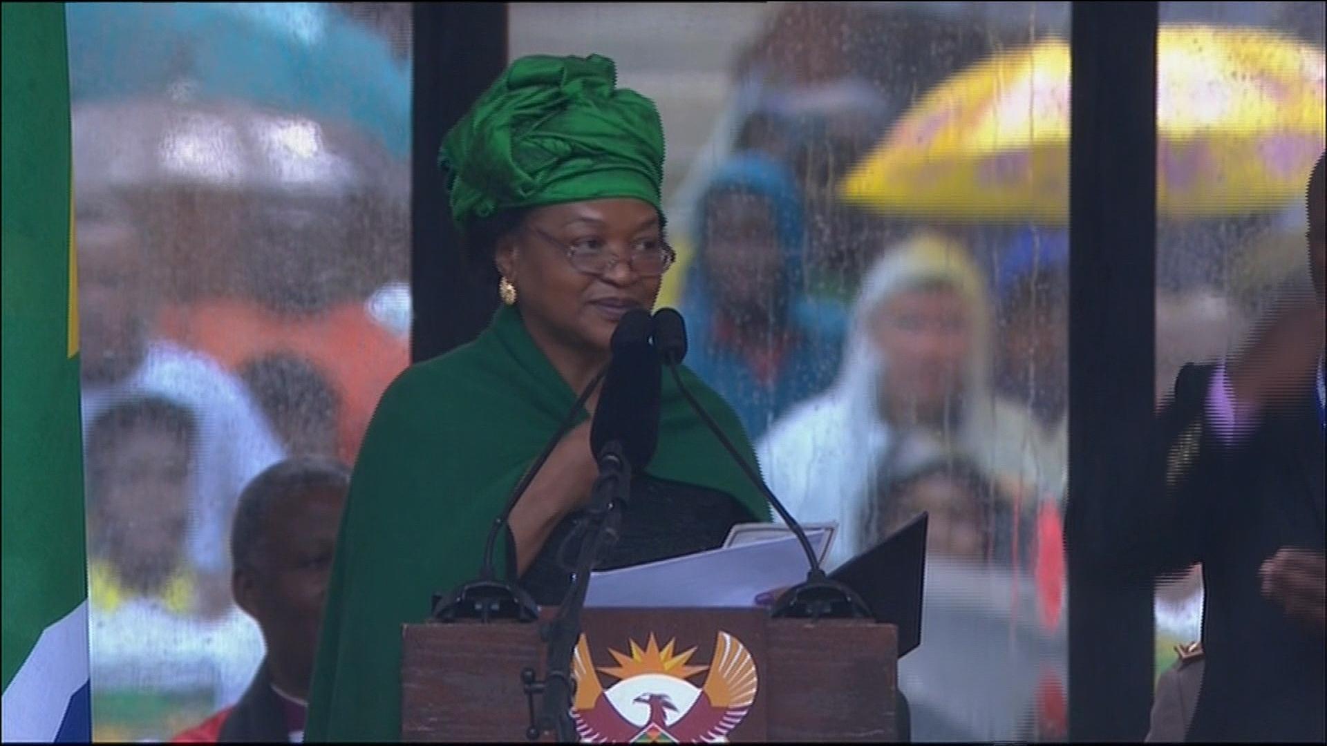 Hearty reception for Obama at Mandela funeral