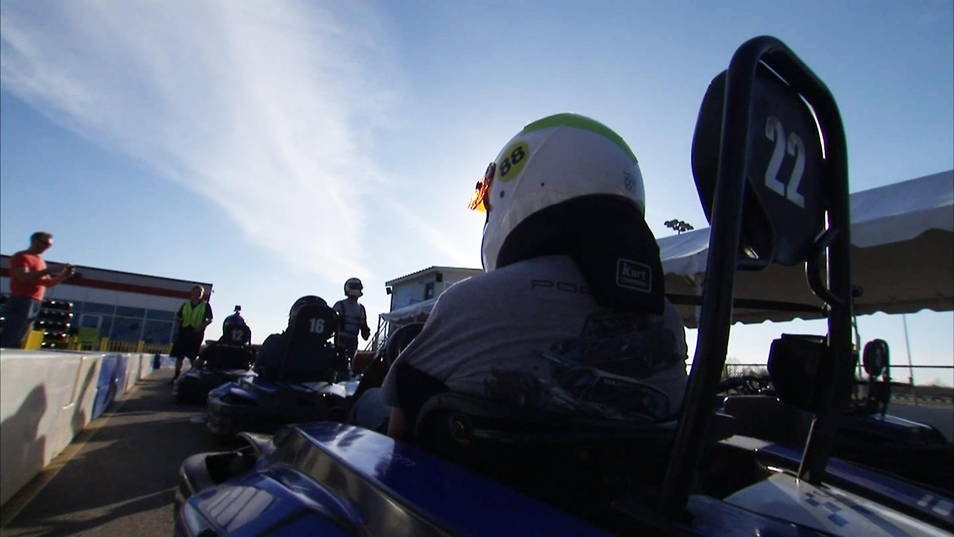 Return of the 39 nascar dads 39 for Go kart interieur quebec