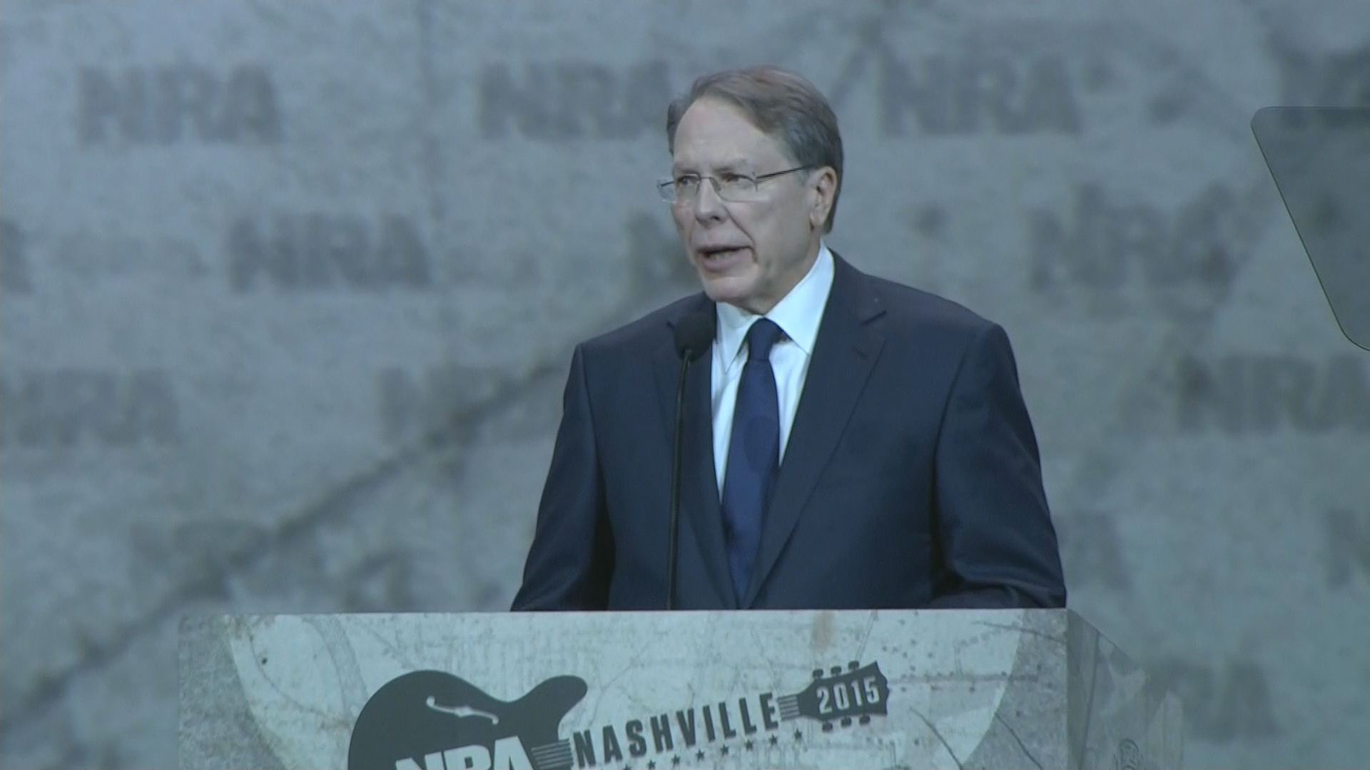 NRA chief rails against Hillary Clinton