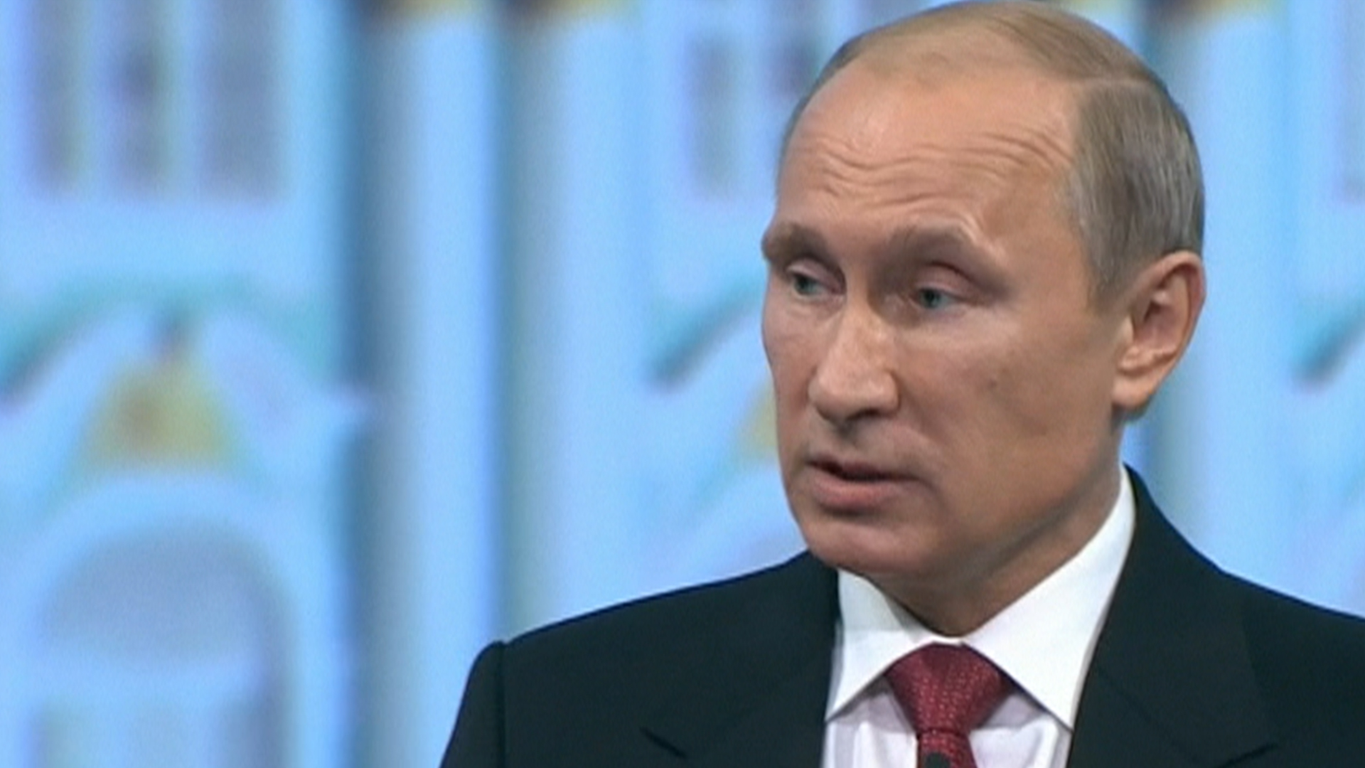 Obama's attempts to isolate Putin working?