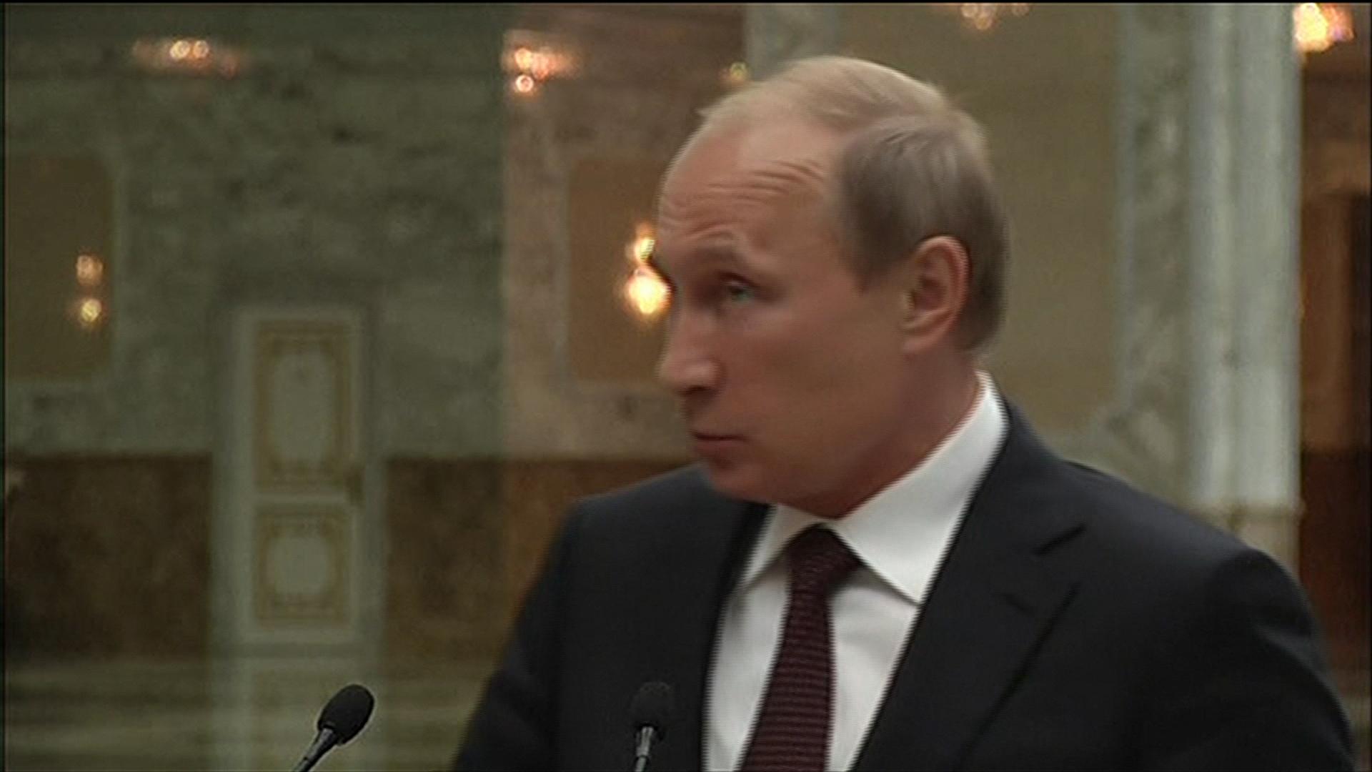 Obama contends with ISIS, Ukraine crises