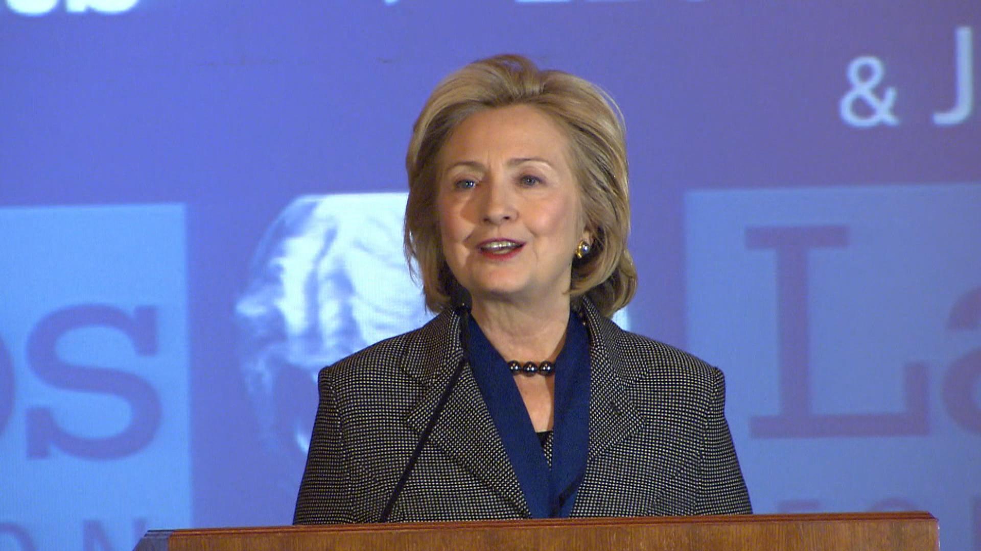 Hillary's memoir sparks 2016 speculation