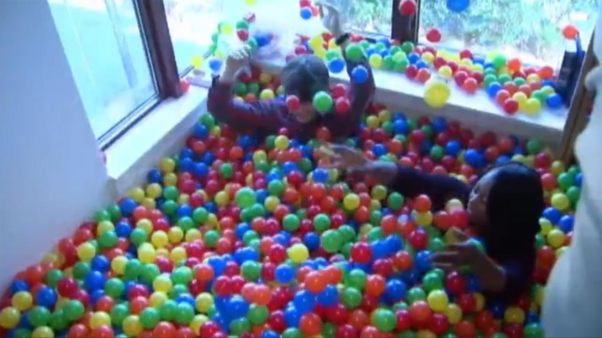 College Student Transforms Dorm Room Into Ball Pit Nbc News