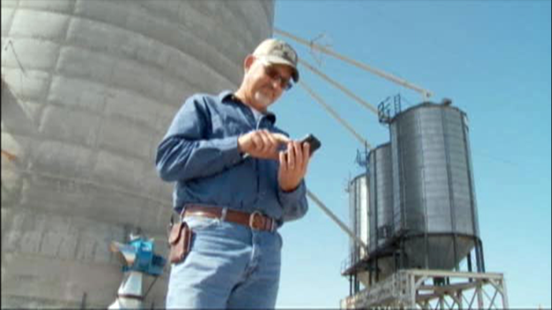 iPhone Lost in Oklahoma Grain Elevator Turns Up 8 Months Later in Japan