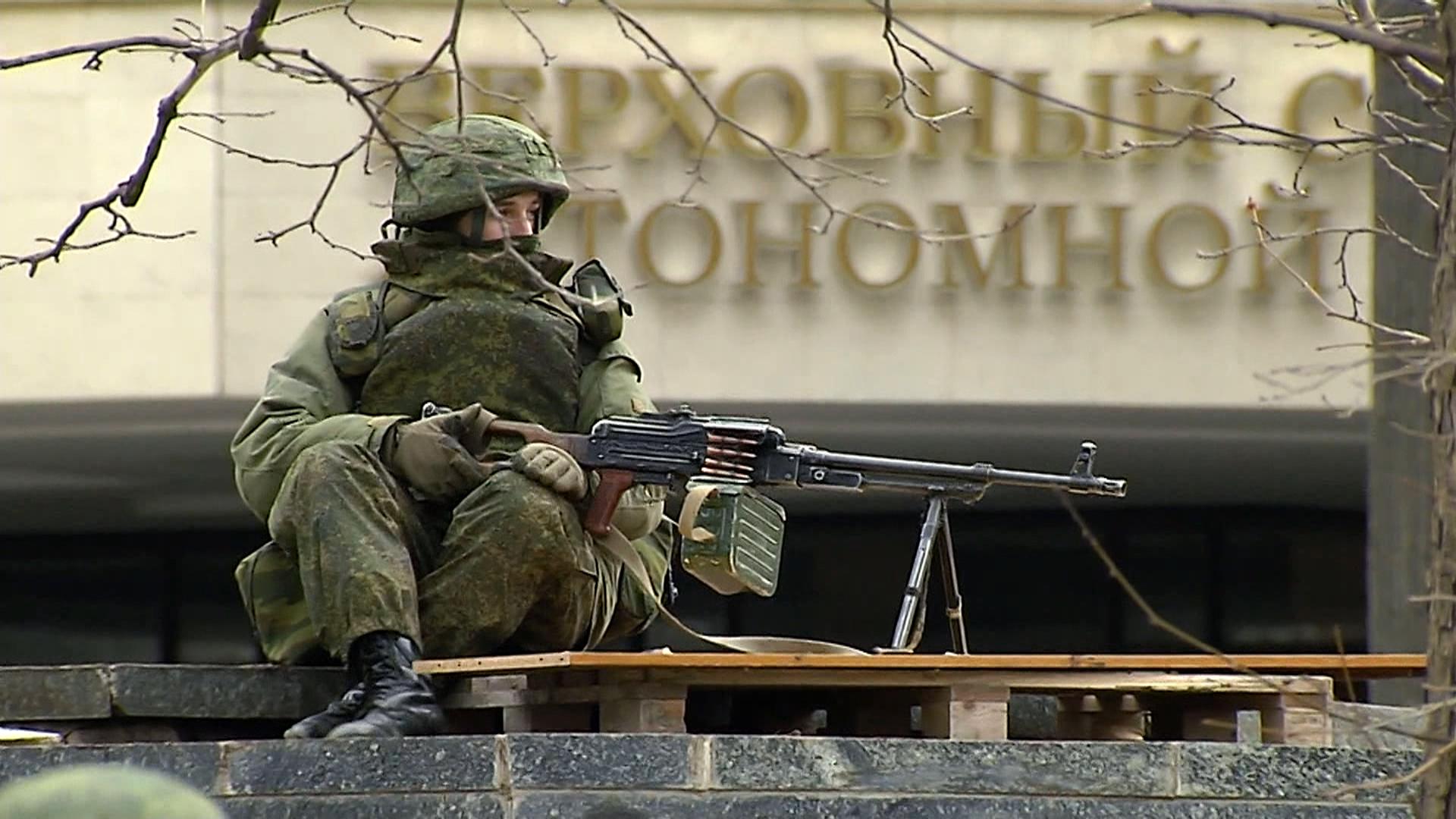 Russian Forces Flood Crimea; Ukraine Warns of War