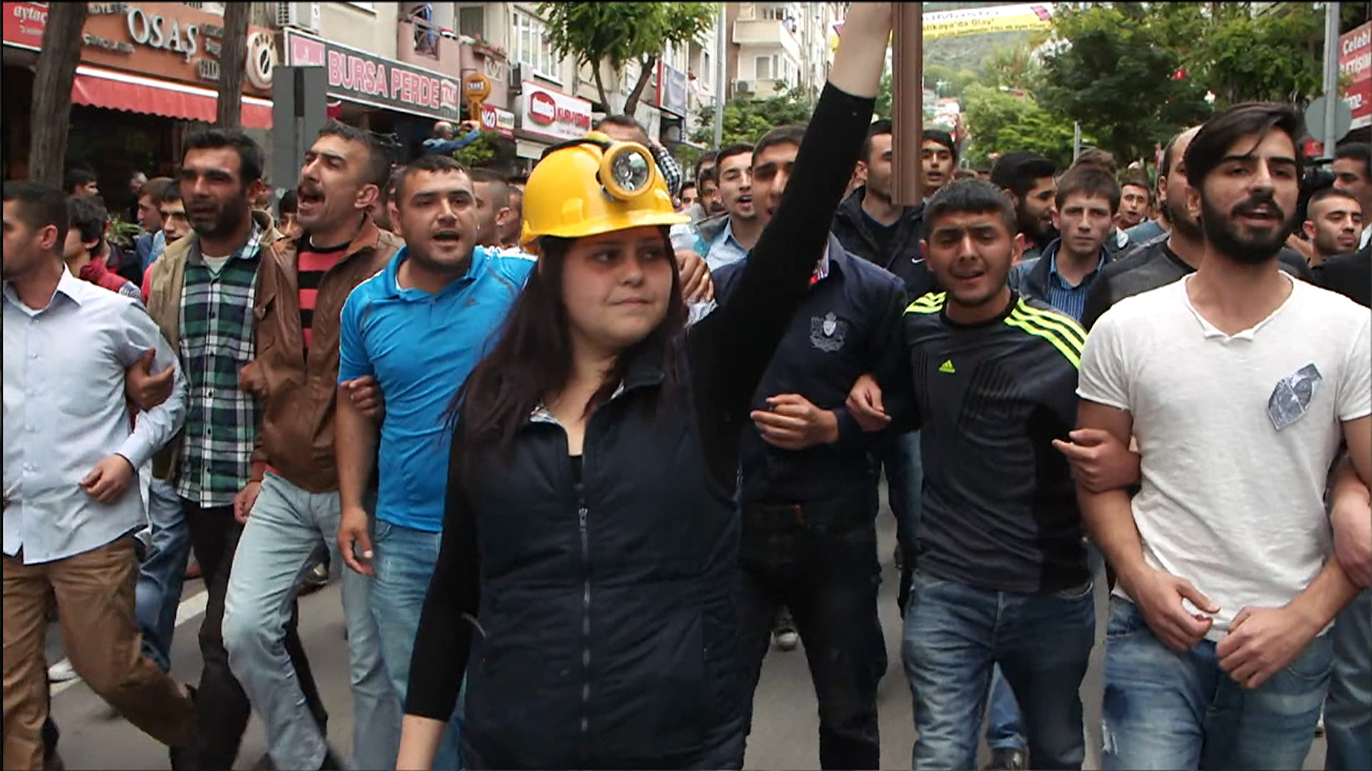 Turkish Mine Disaster Fuels Protests and Police Clashes