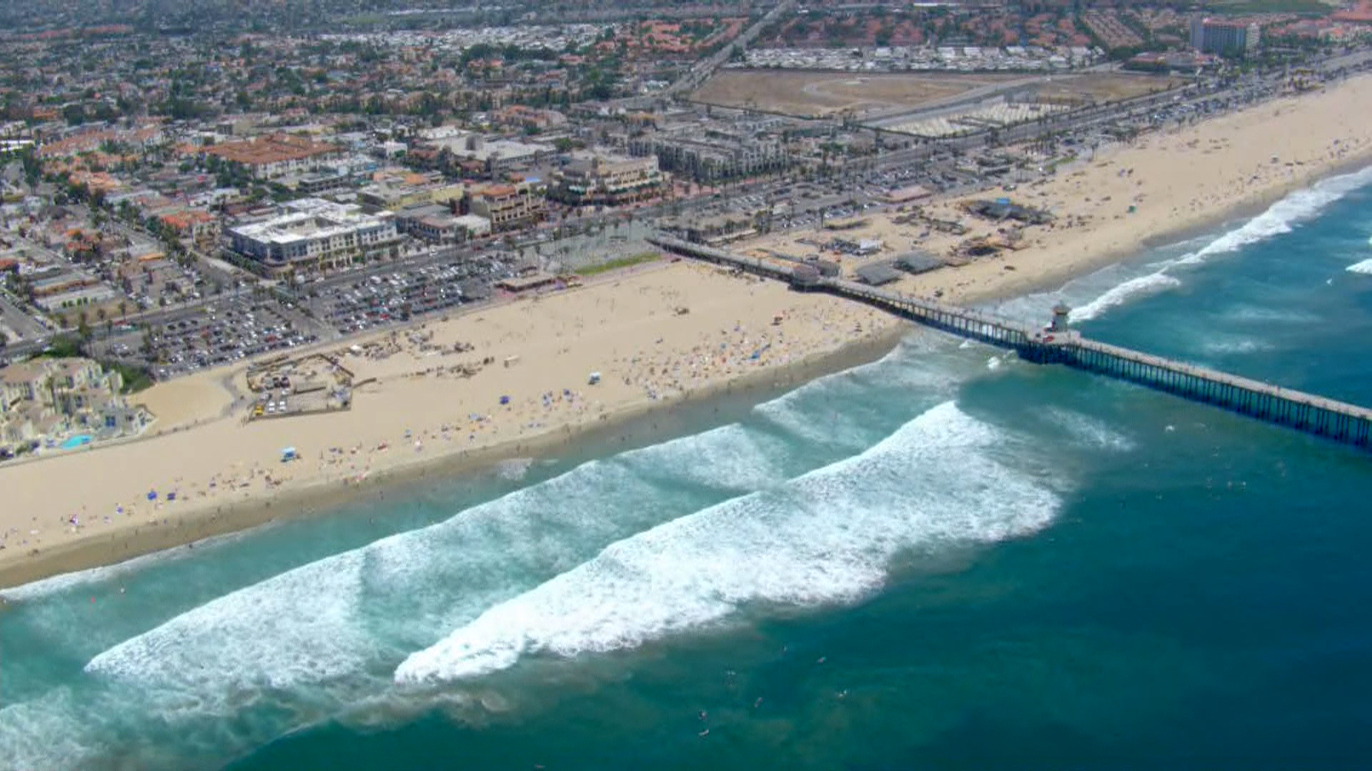 What would happen if a tsunami hit California?