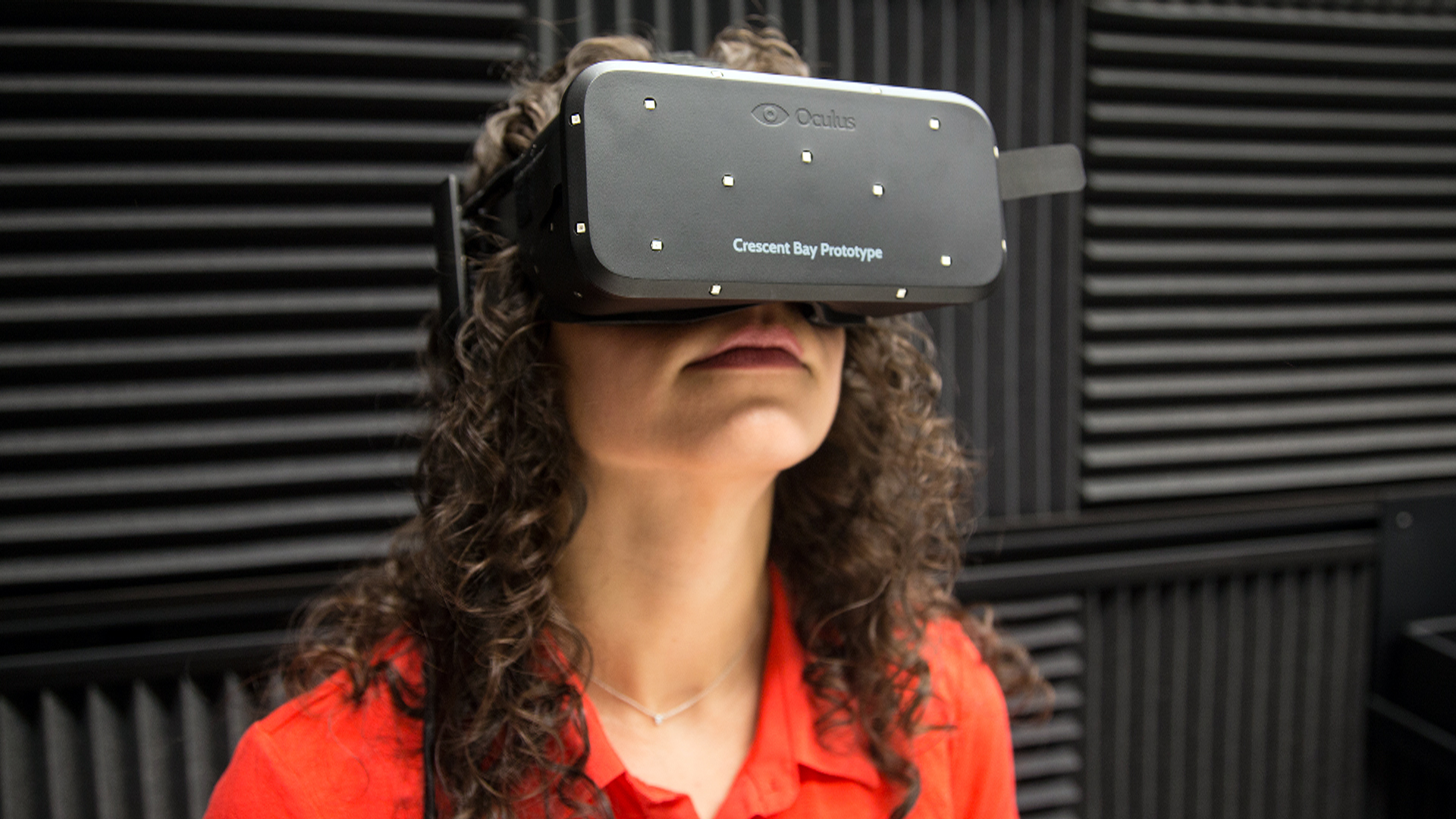 Samsung Virtual Reality Headset Gear VR for Galaxy S 6 Hits Shelves