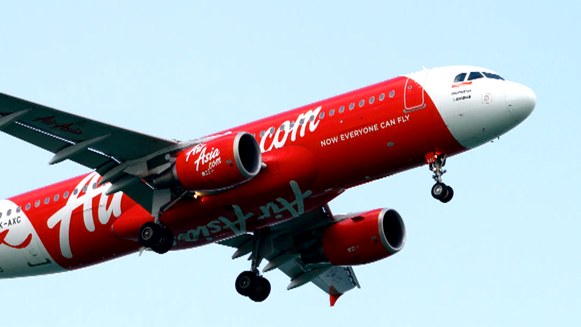 AirAsia Rescue Crews Spot Four Large Objects Underwater