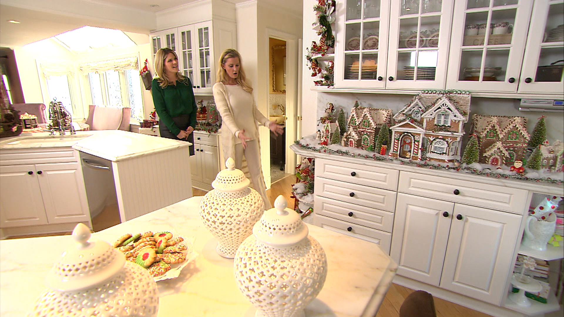 Sandra Lee gives TODAY a tour of her home - TODAY.com
