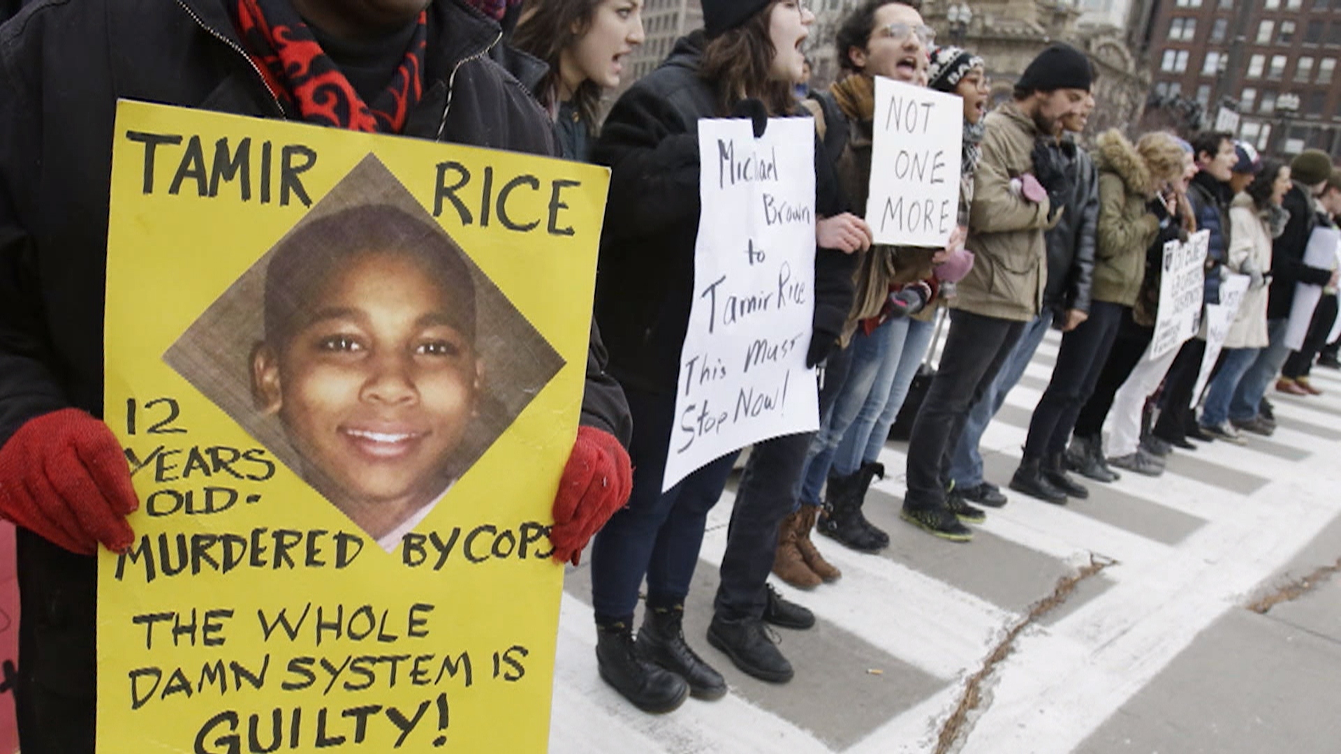 Attorneys for Tamir Rice Family Want Own Experts to Testify