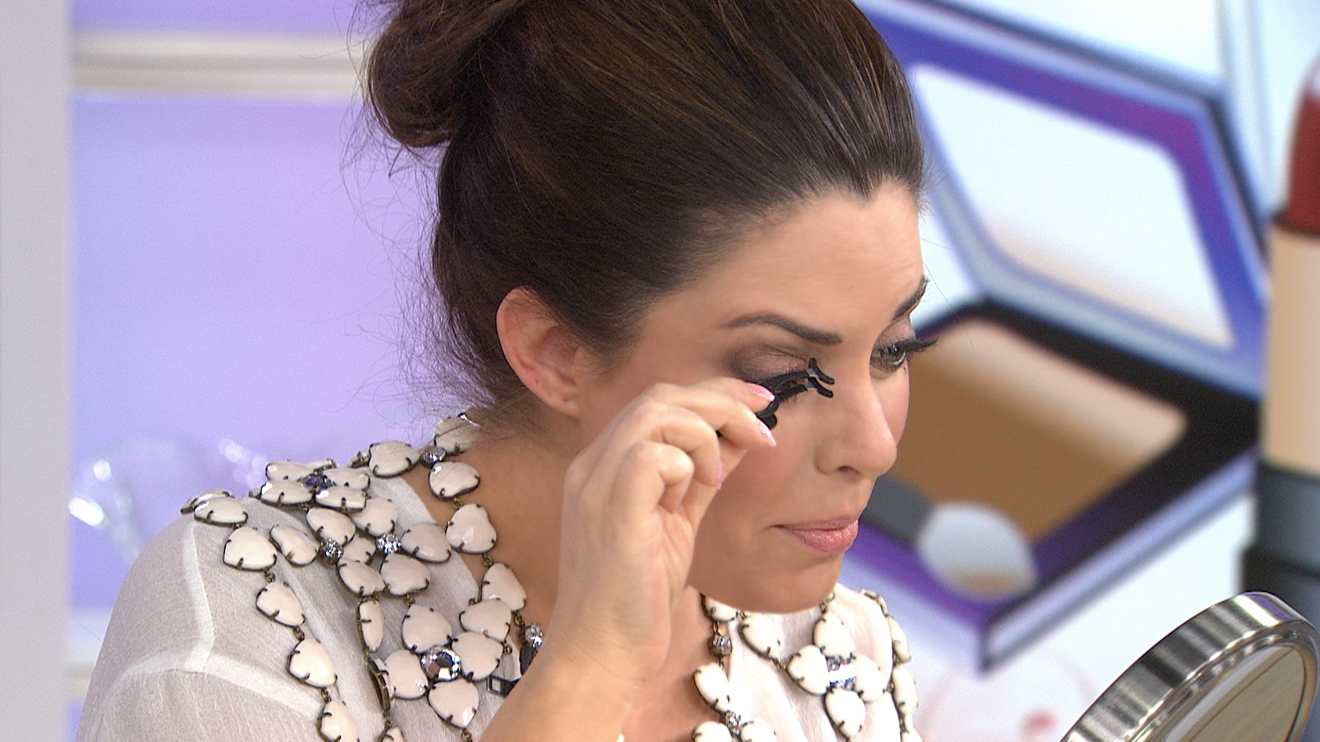 How To Find The Best Fake Eyelashes 5 Tips To Try