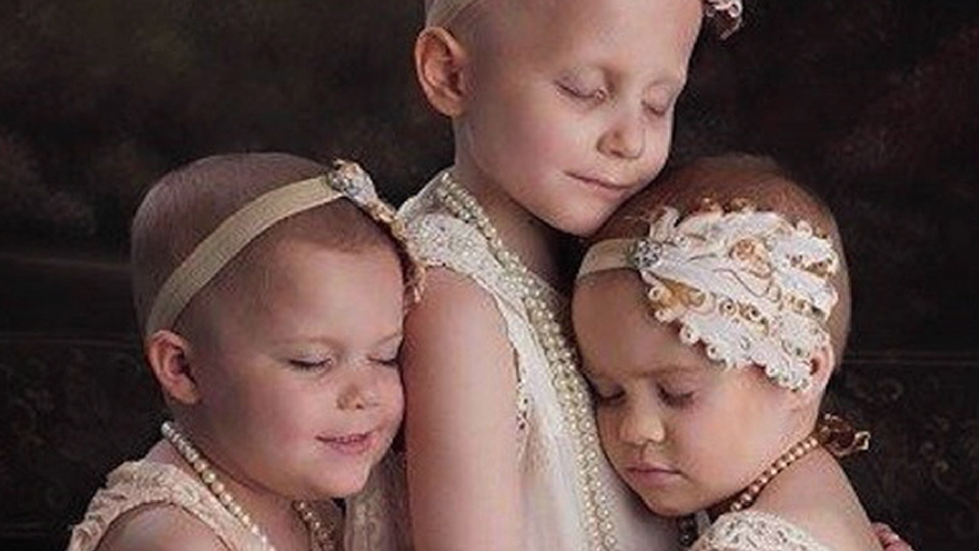 The 3 Little Girls Who Beat Cancer Recreated Their Viral Photo