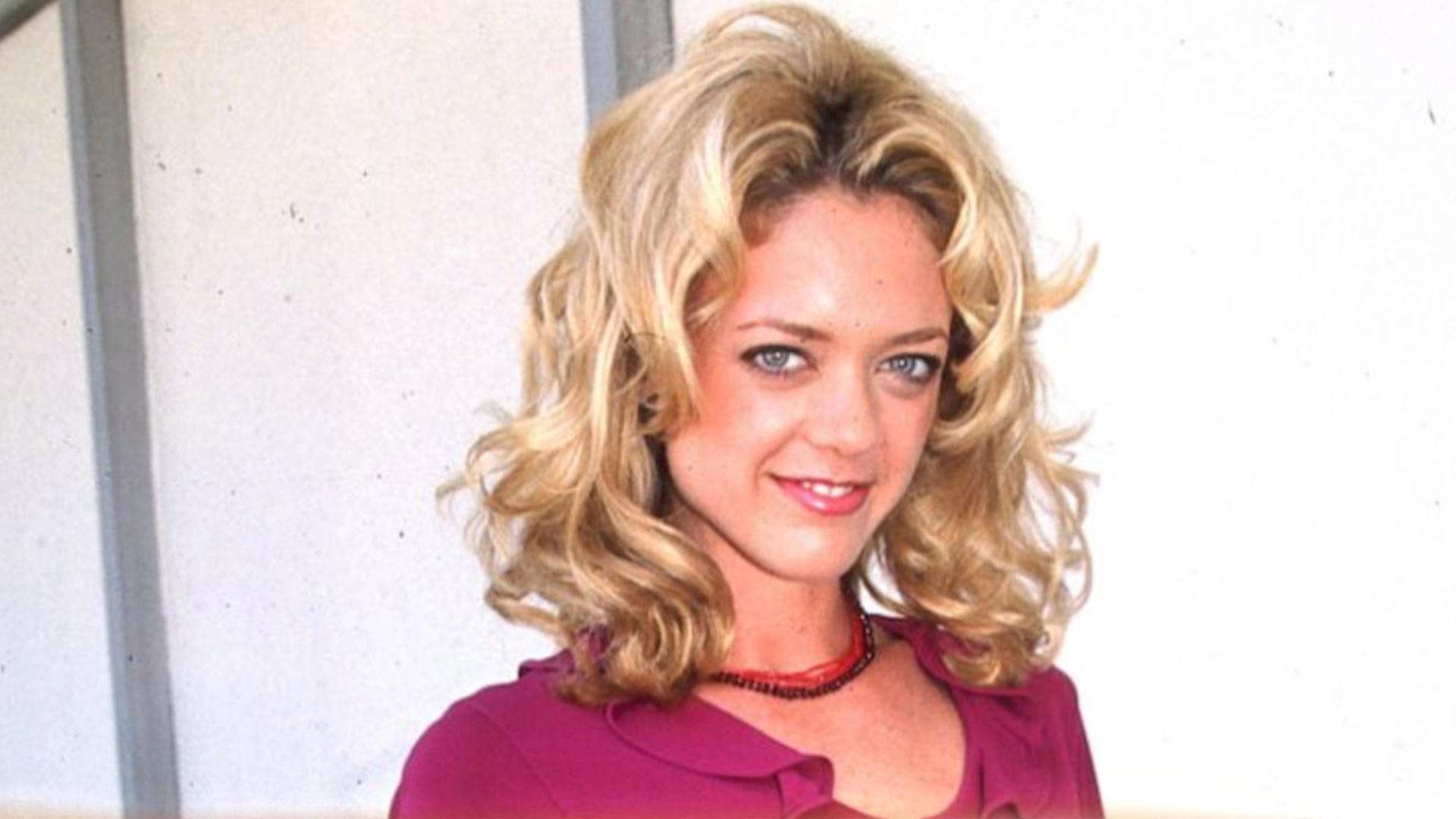 dress - Robin Lisa kelly hairstyles pictures video
