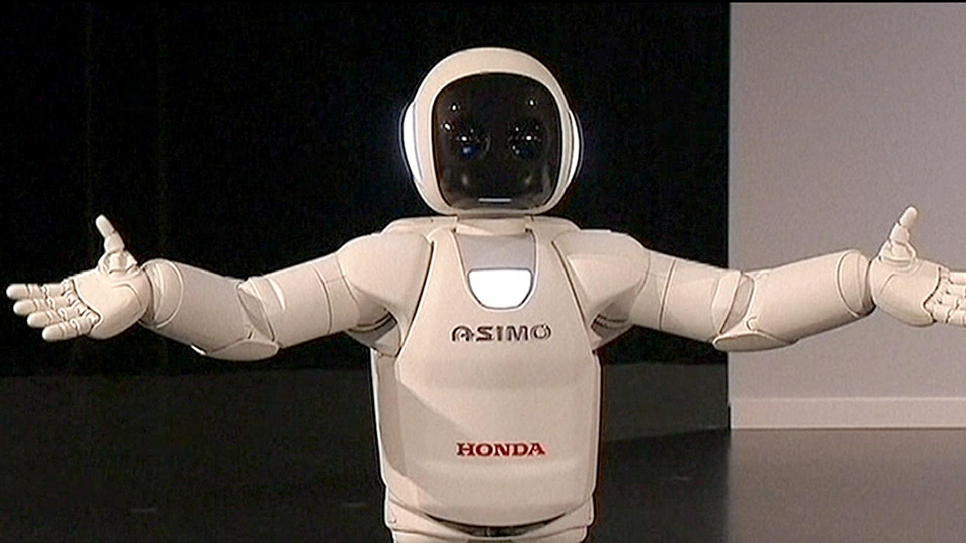 Honda Of Covington >> Honda 'Asimo' robot can pour you a drink - TODAY.com