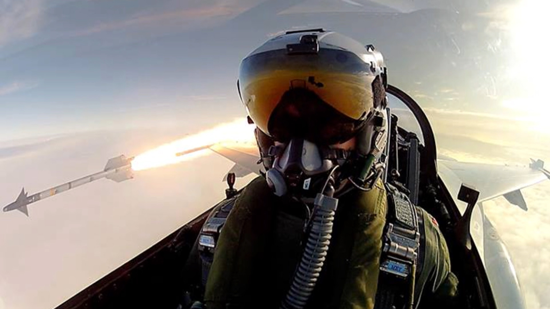 Fighter Pilot Posts Selfie While Firing Missile