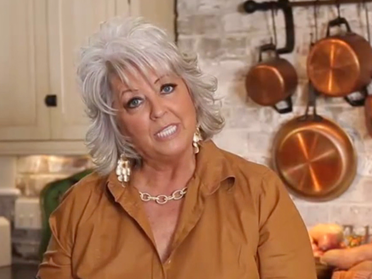 Paula Deen axes longtime agent after fallout