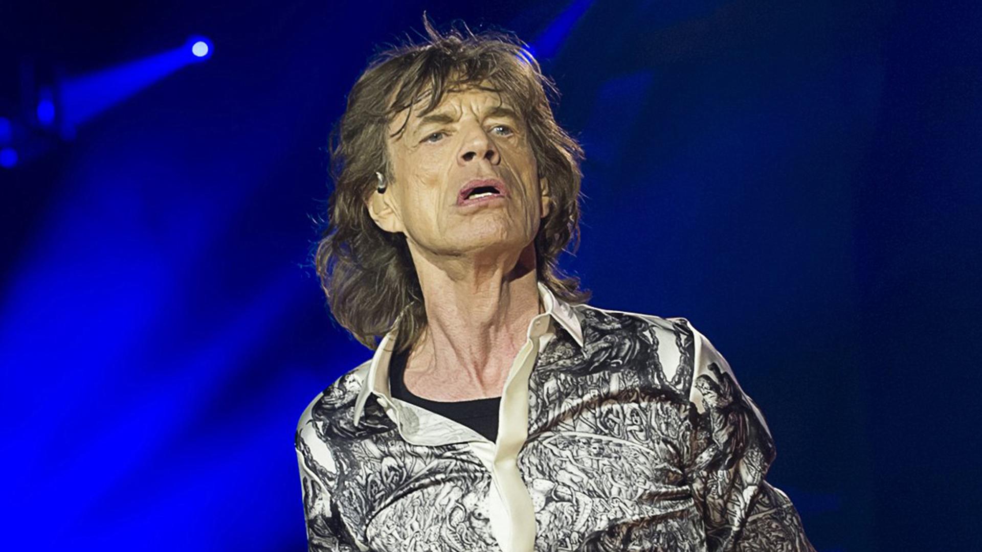 rolling stones resume tour after l u2019wren scott suicide