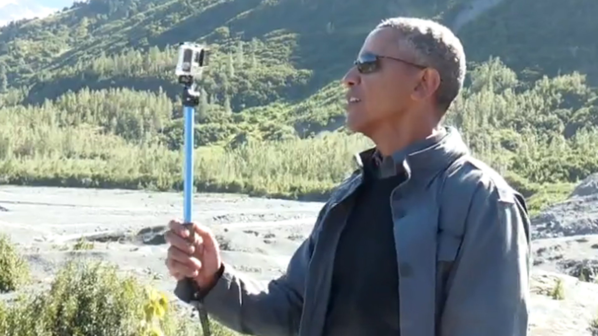 Obama Takes Selfies in Alaska to Share Message of Climate Change