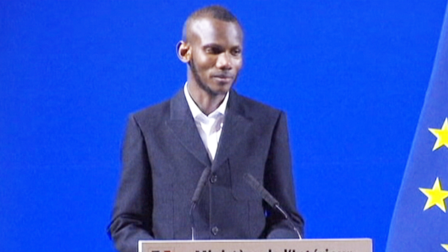 Paris Supermarket Attack Hero Lassana Bathily Receives French Citizenship