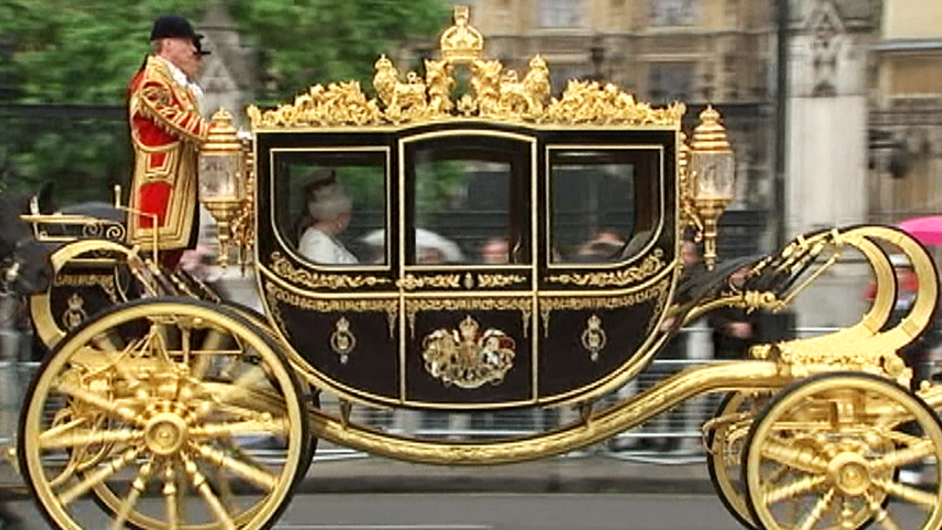 History on wheels: 5 things to know about the queen's new ...